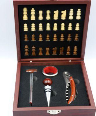 Accesorios originales del vino y ajedrez