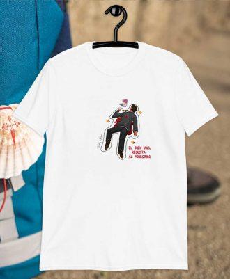 Camiseta blanca inspirada en el vino