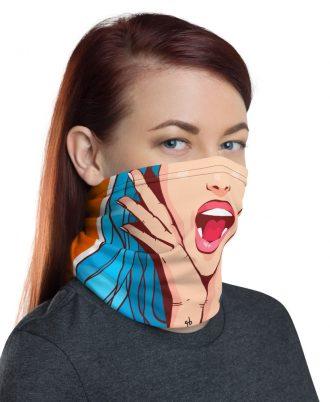 bragas de cuello para mujeres alegres y modernas
